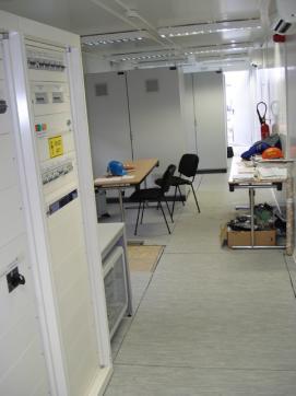 Специален контейнер - контролна зала за зареждане на цистерни 2