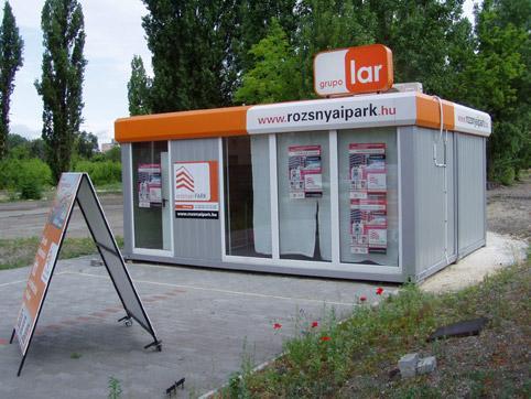 Тъговски офис за продажба на недвижими имоти 2